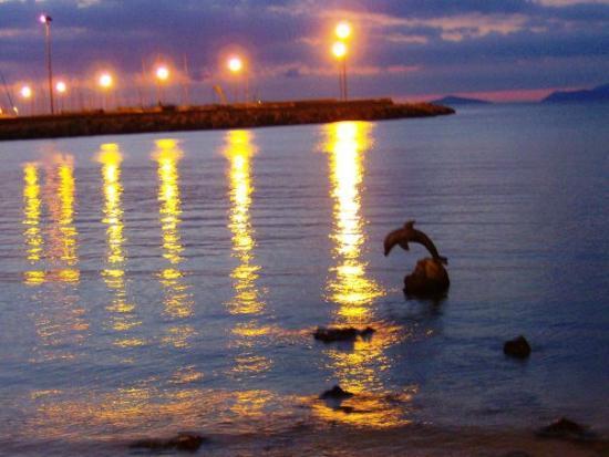 Porto Torres, Italy: Scogliolungo: il Delfino