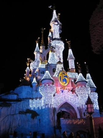 Disneyland Park: Christmas lights!