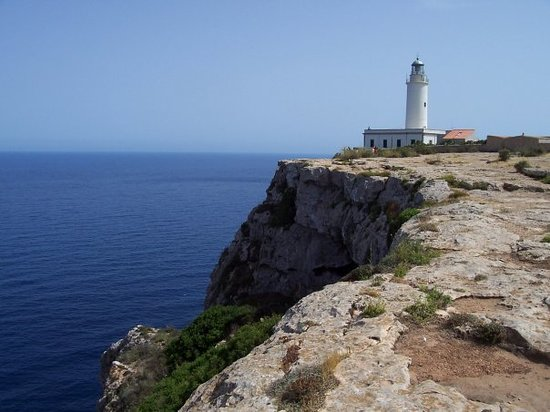 ‪La Mola Lighthouse‬