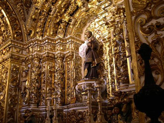 อิเกรยาเซาฟรานซิสโก: San Franciscode Asis Church, Salvador Brazil, This Church is made of gold
