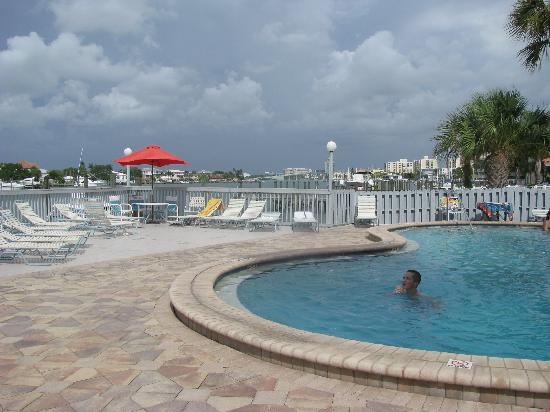 Clearwater Beach Hotel : Pool Area