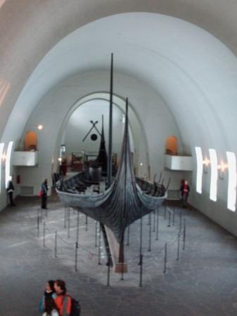 พิพิธภัณฑ์เรือไวกิ้ง: Barco vikingo en el Museo de Oslo