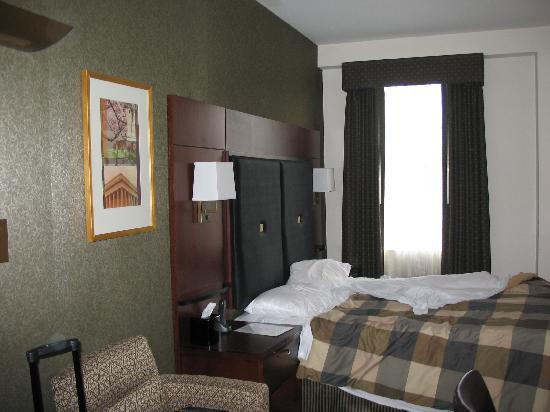 Club Quarters Hotel in Washington, D.C.: Picture that shows the largest view of the room