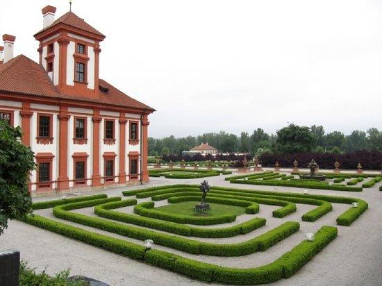 Zámek Troja: Troja Chateau