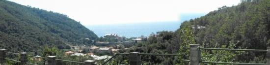 Deiva Marina, Italie : Panorama dall'agritrismo dove soggiornavamo