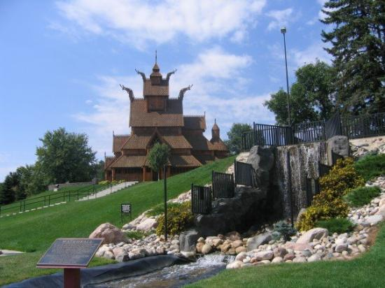 gay places in minot nd