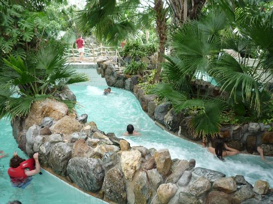 Un couloir riviere sauvage photo de center parcs les for Piscine center parc normandie