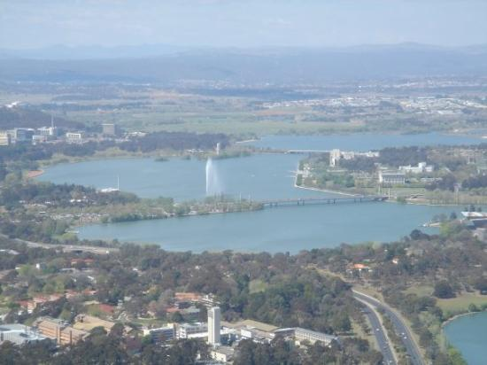 Lake Burley Griffin : Canberra from Telstra Tower on Black Mountain.
