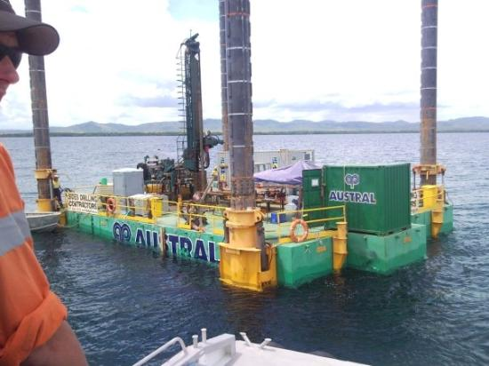 Port Moresby, Papua New Guinea: Drilling Barge Sideson 4 / Combifloat 53 under tow.