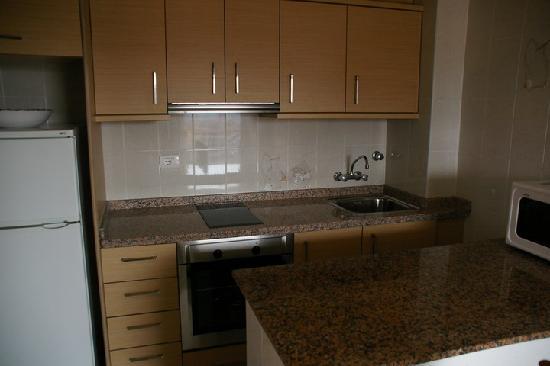 Apartamentos Estoril I - II Orange Costa: Cocina