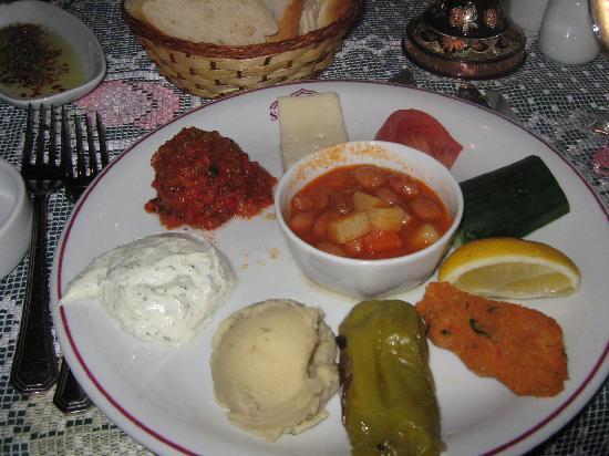 هوتل سانتا صوفيا: food from the 4star resturant we visited
