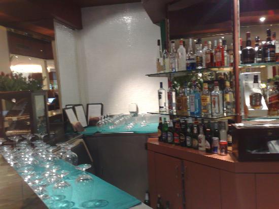 Sheraton Abuja Hotel: sheraton hotel bar