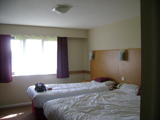 Days Inn Warwick North M40: Twin Room
