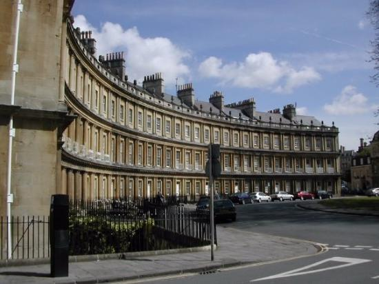 Royal Crescent: Bath, England