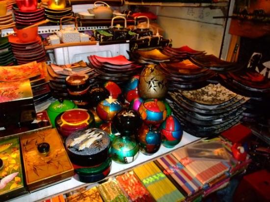Handicrafts Sold In The Ben Thanh Market Picture Of Ho Chi Minh