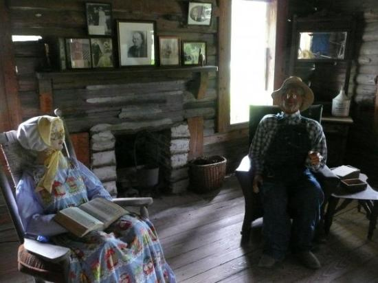 Okefenokee, Geórgia: This was a reconstruction of a pioneer homestead in the swamps, many people actually settled her
