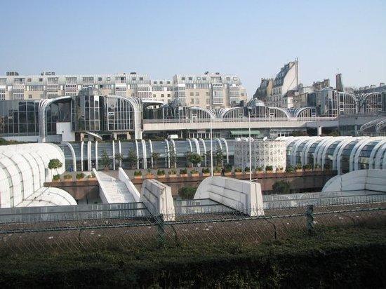 巴黎中央菜市場