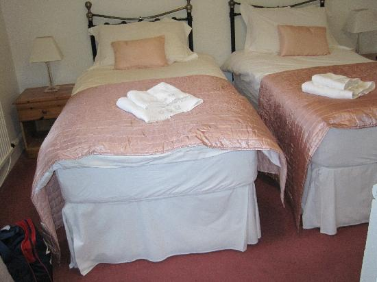 Mansewood Country House: bedroom 1