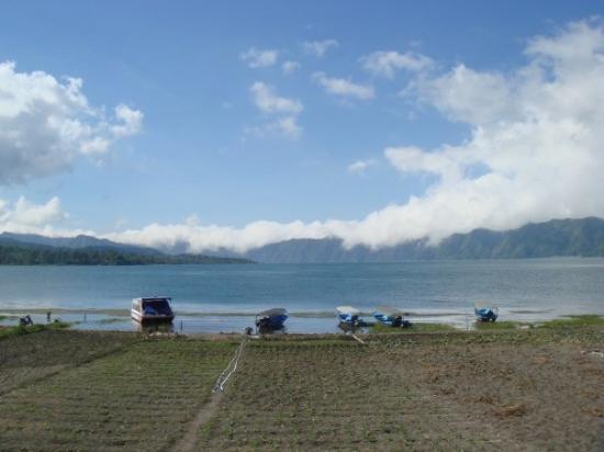 Lake Batur (Danau Batur): Take this boat ride to Trunyan Village, where dead bodies from this village are laid under Tarun