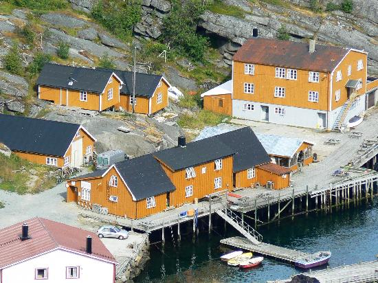 Stamsund, Norway: All the orange buildings and decked jetty are part of the Hostel