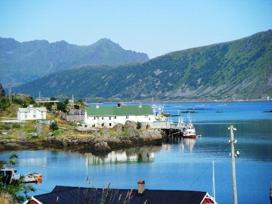 Stamsund, Norwegia: Small harbour one hour from Stansund by bike