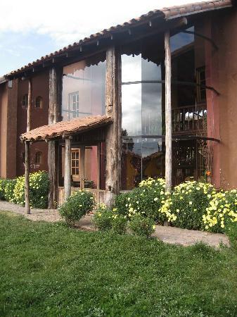 La Casa de Barro Lodge & Restaurant: Vista del exterior