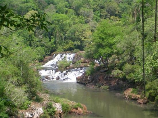 Capiovi, Argentina: Tabay Falls, Jardin America, Misiones, Argentina