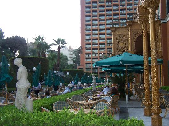 โรงแรมไคโรมาริออทแอนด์โอมาร์เคย์ยามคาสิโน: Patio Cafe