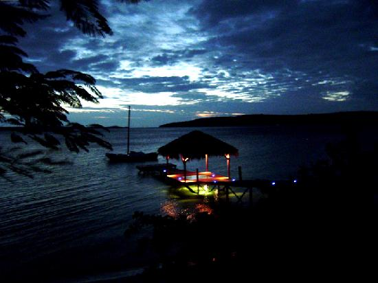 The Havannah, Vanuatu: The pier at night from our room