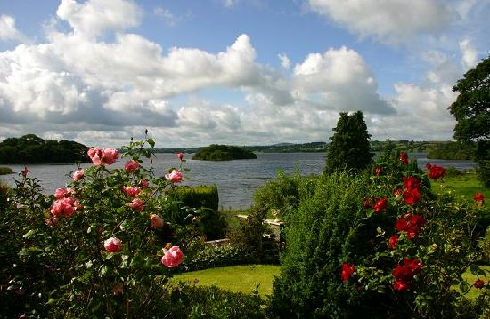 Virginia, Ireland: Lough Ramor through the window of room 2