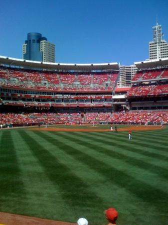Great American Ball Park: Red Game Cincinnati Reds vs SF Giants