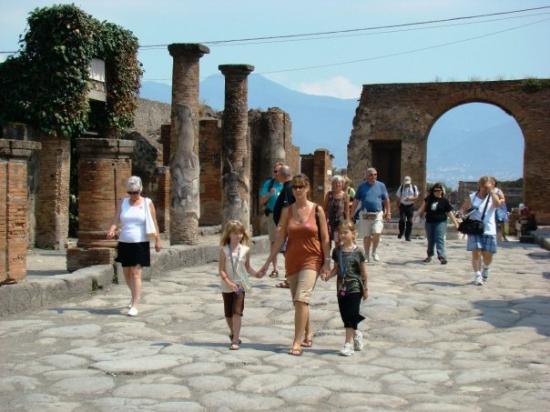 Pompeii, Italy: 6/07 Pompei, Italy