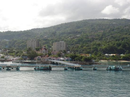 Ocho Rios Bay Beach : Llegando a Jamaica