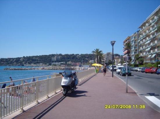 รอกเกอบรุน-กัป-มาร์ตัง, ฝรั่งเศส: sulla costa azzurra