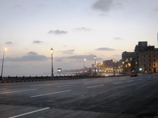 Corniche Bild