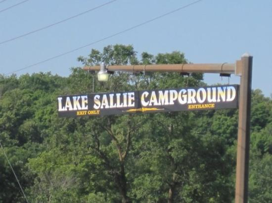 Detroit Lakes, Μινεσότα: We Fest - 10,000 Lakes Music Festival - Lake Sallie Campground