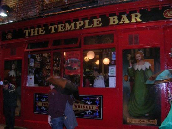 The Temple Bar Pub: temple bar