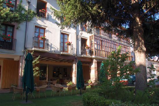 Echaurren Hotel Gastronómico: Façade de l'hôtel