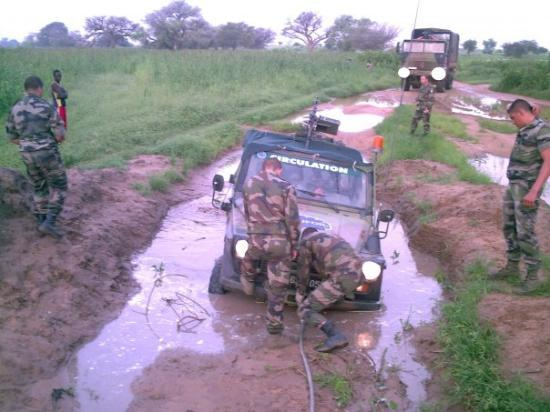 Abeche, Chad: et oui la saison des pluies c la merde au Tchad !!!