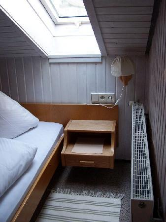 Landhaus Hohenrodt: Appartement Fenster im Schalfzimmer
