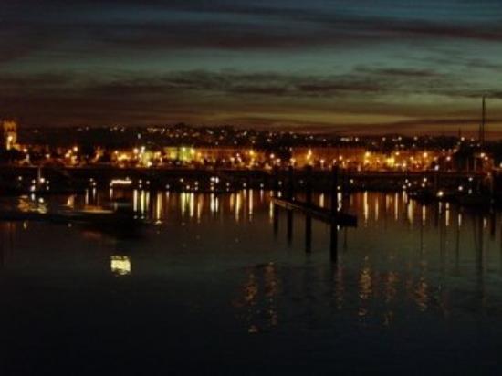 Cherbourg-Octeville, ฝรั่งเศส: cherbourg la nuit