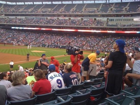 อาร์ลิงตัน, เท็กซัส: White Sox/Rangers game, right now