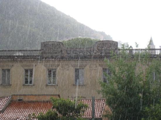 Maratea (เมืองมาราเตอา), อิตาลี: Big rain for about 1/2 hour in Maratea