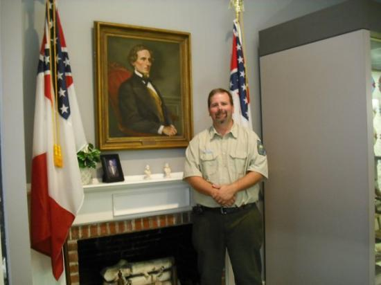 Fitzgerald, GA: the ranger at the Jefferson Davies state park