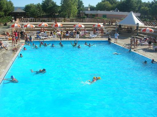 Hotel private beach foto di porto giardino resort - Piscinas grandes ...