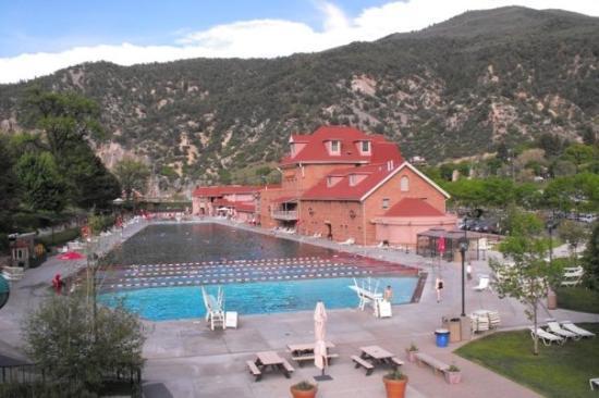 Glenwood Hot Springs Pool So Relaxing