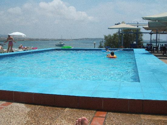 Kouros Village: The pool is a must on a hot day