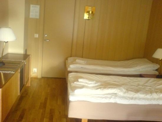 Gol, Norwegen: The hotel room in Pers, lovely!