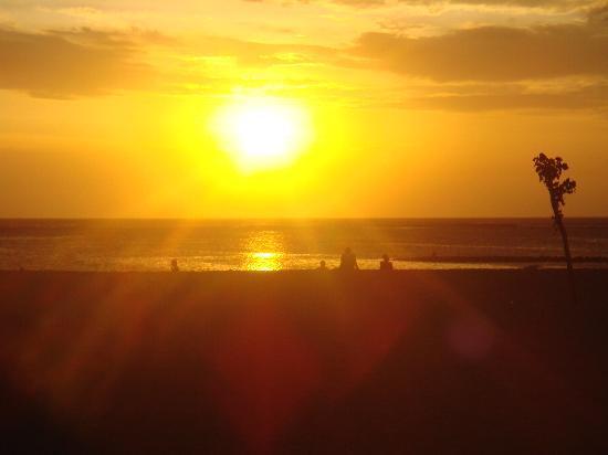 Holiday Inn Resort Baruna Bali: coucher de soleil