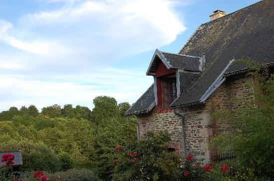Manoir de la Riviere : view of the house